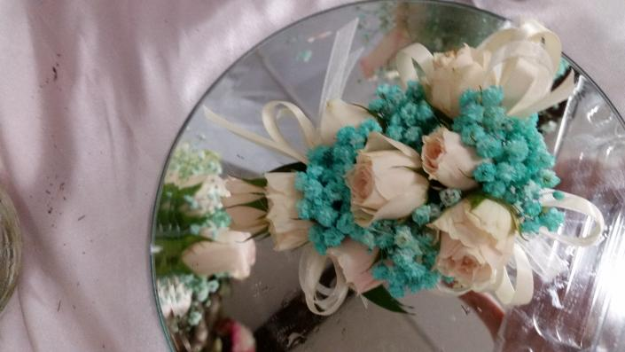 White and Tiffany blue crystal -