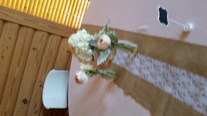 Rustic 3 base cluster centerpiece