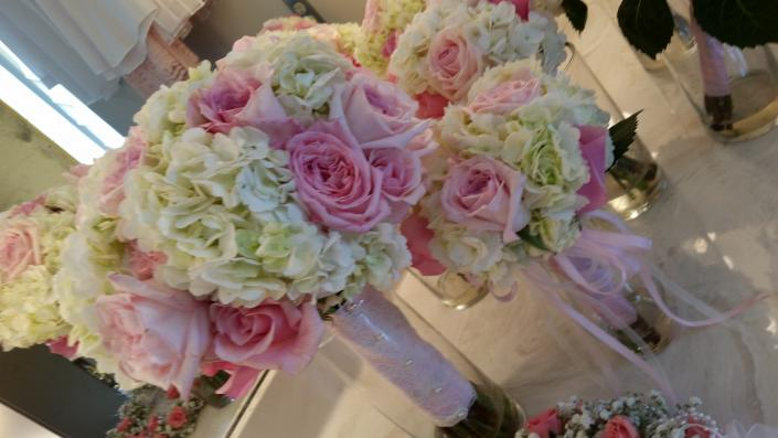 pink pink roses with pink garden roses white hydrangeas - Garden Rose And Hydrangea Bouquet
